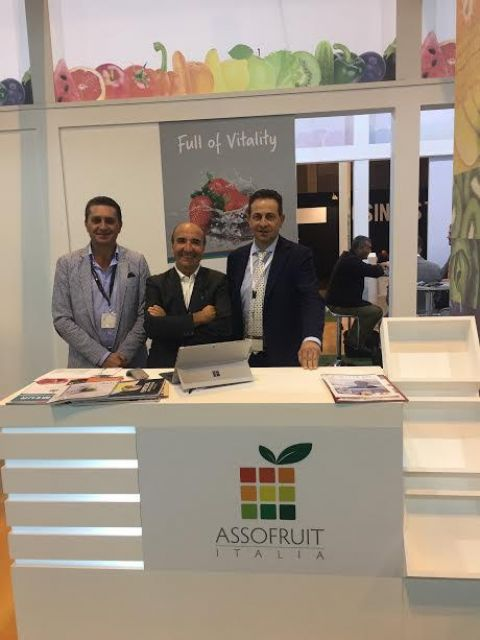Lo stand di Asso Fruit a Madrid 2016